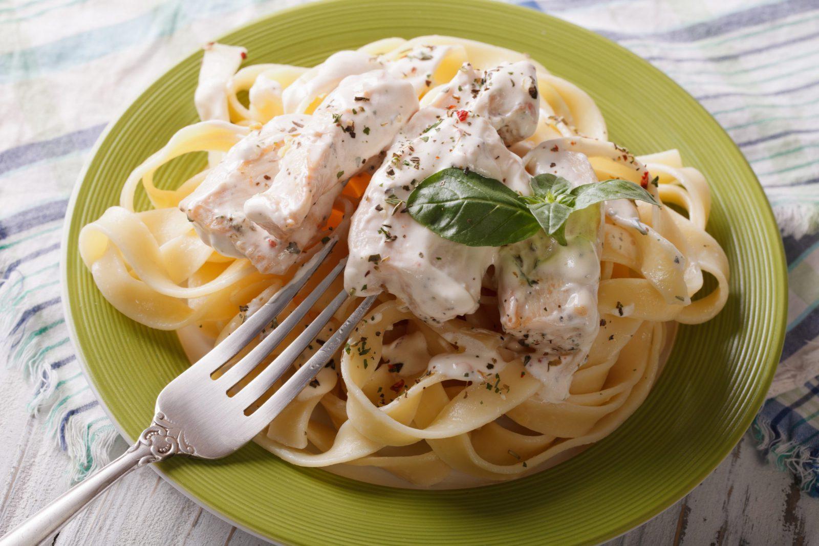Chicken Fettuccini Alfredo Sauce
